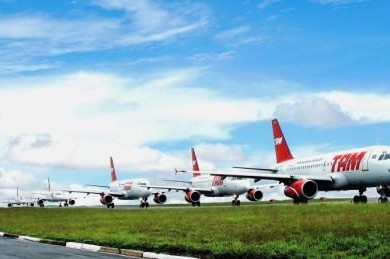 Tam varios aviones