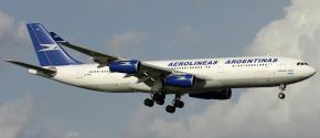 Aerolíneas_Argentinas_A340-200_LV-ZPO_FCO_2006-8-27