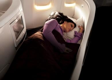 Air New Zealand Business Premier lie flat bed (Copiar)